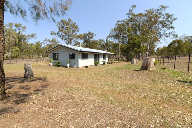 Picture of 129 White Street, PRATTEN QLD 4370