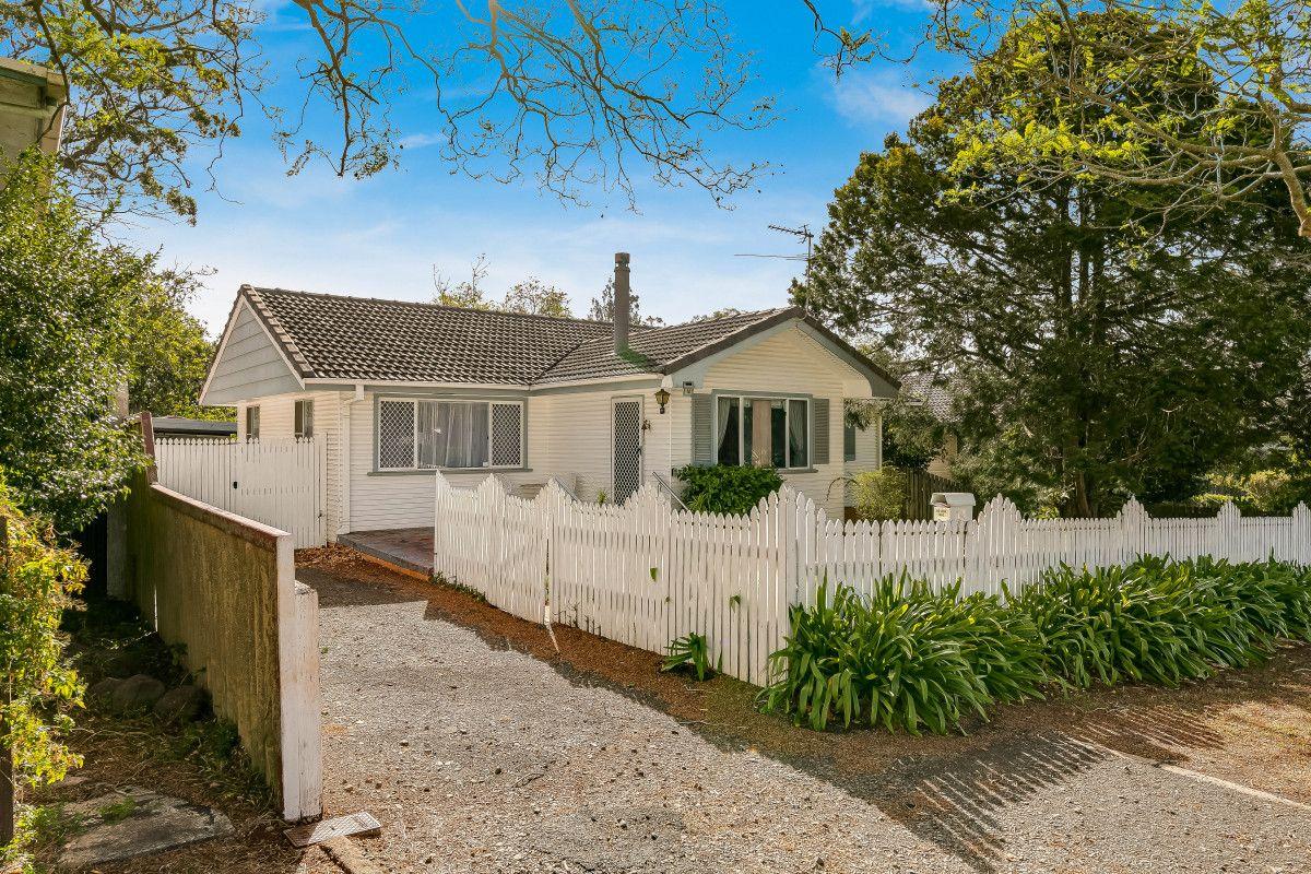 14 Patricia Street, Mount Lofty QLD 4350, Image 1