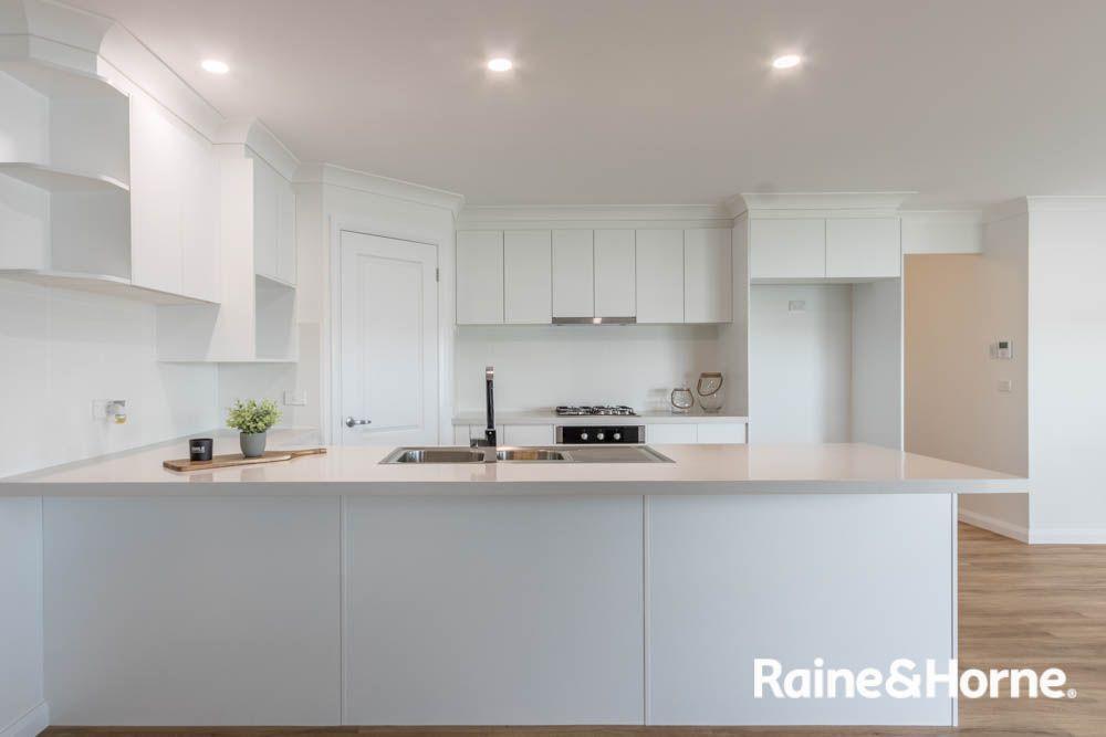 48 Fraser Drive, Eglinton NSW 2795, Image 2