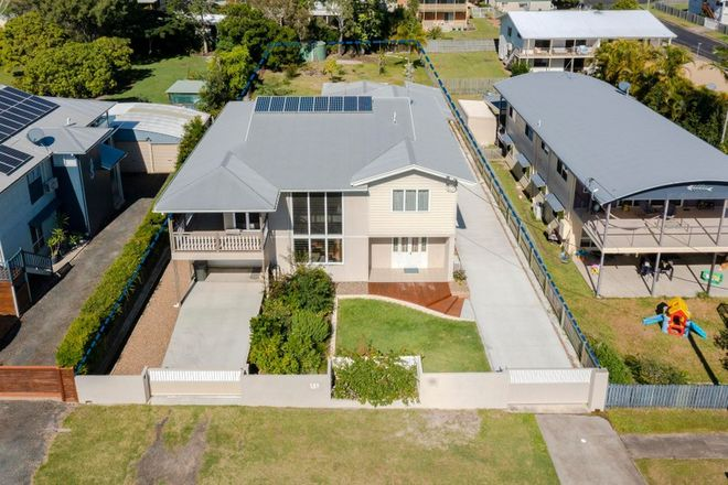 Picture of 295 Torquay Terrace, TORQUAY QLD 4655