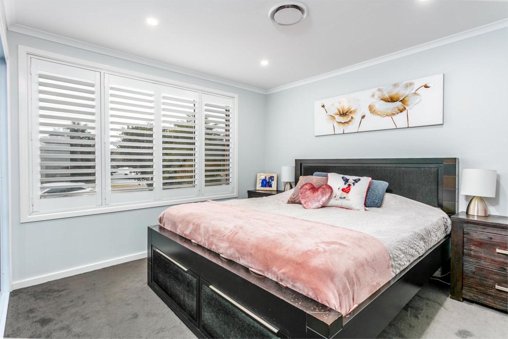 17 Arundel Park Drive, St Clair NSW 2759, Image 2