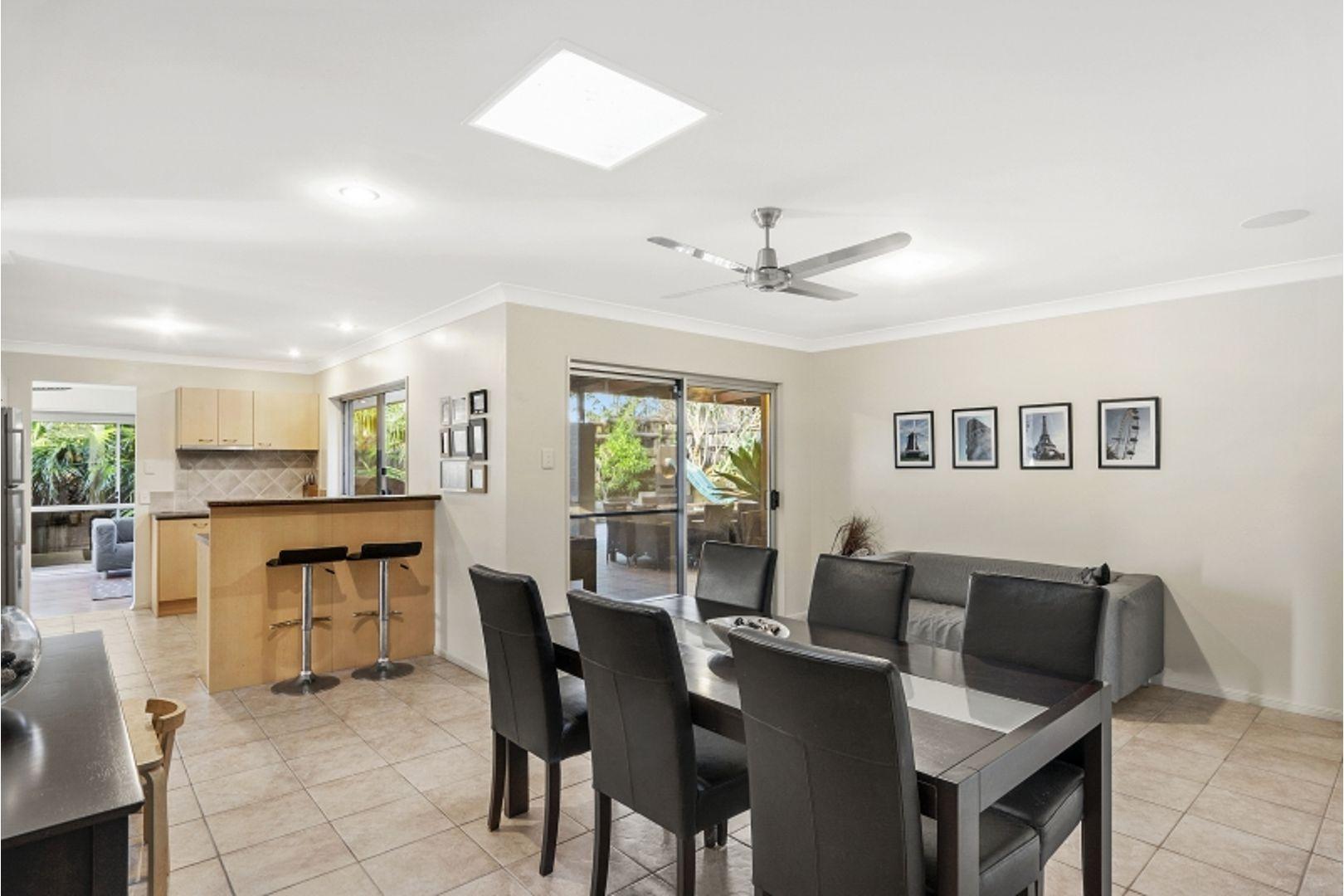 1 Yarraman Street, Arana Hills QLD 4054, Image 2