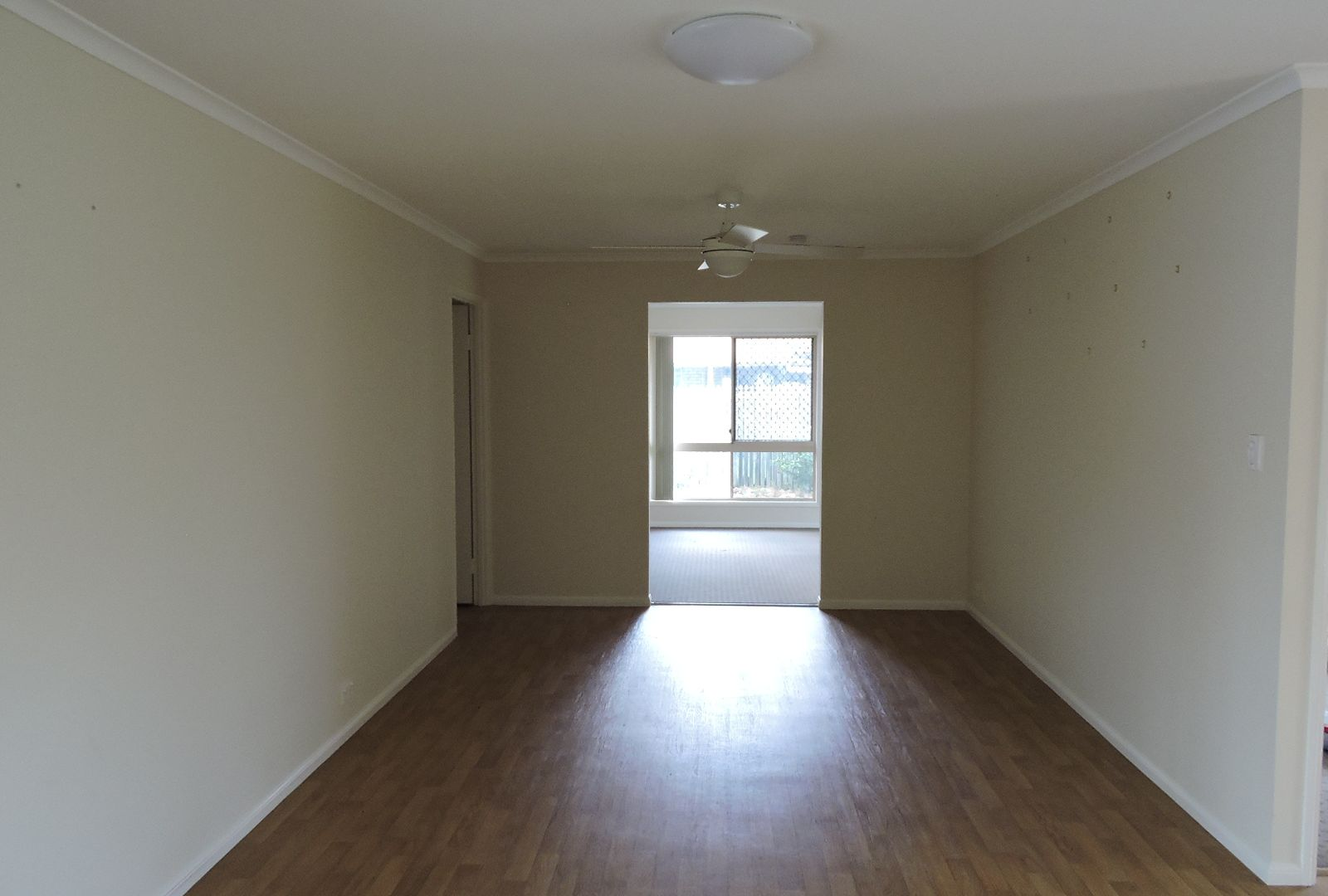 4 Capriole Street, Yamanto QLD 4305, Image 2