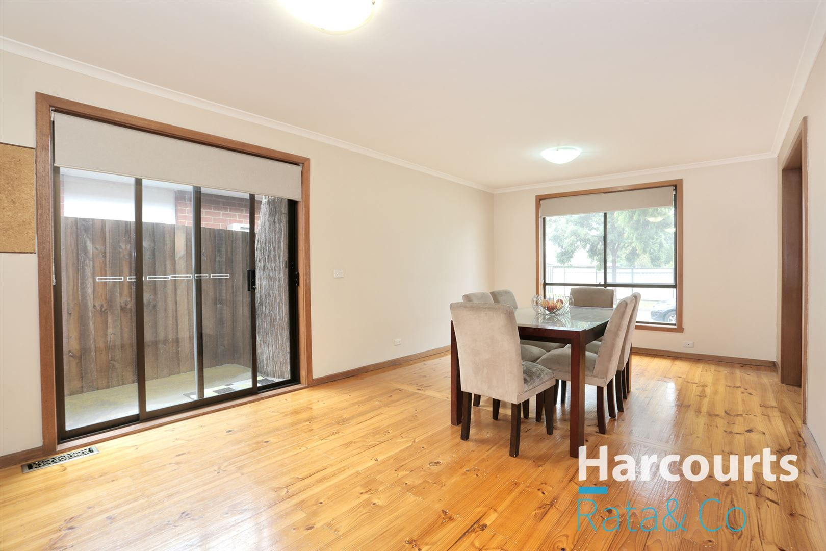 37 Golf Links Drive, Mill Park VIC 3082, Image 1
