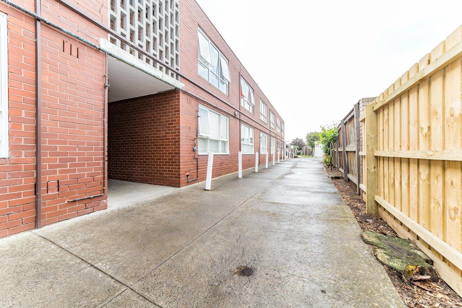 11/204 Ballarat Road, Footscray VIC 3011, Image 8