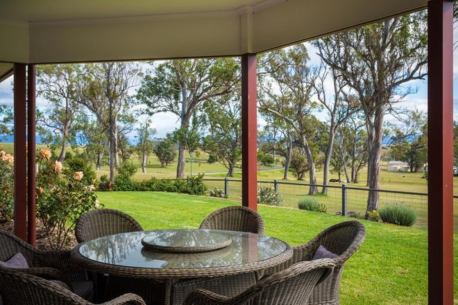 Picture of 2 Newlyns Place, FROGS HOLLOW NSW 2550