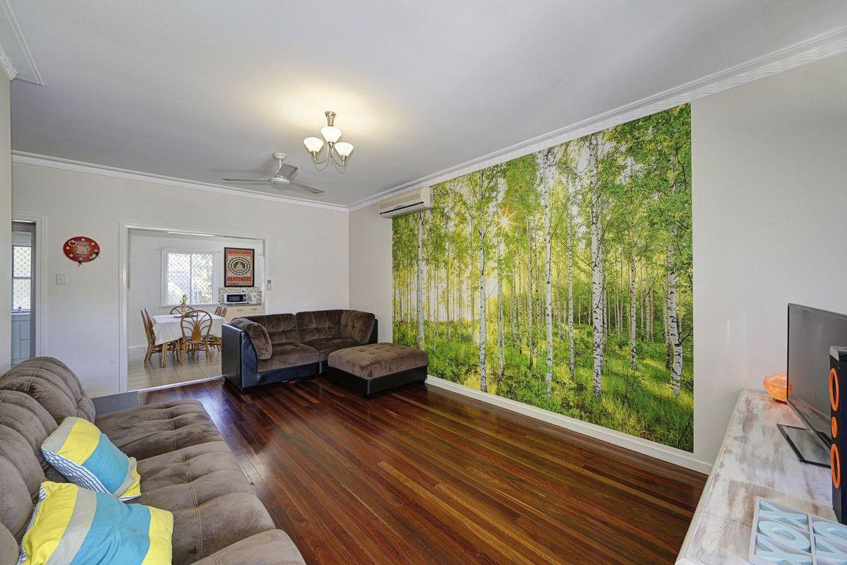 17 Lloyd Street, Walkervale QLD 4670, Image 2