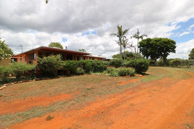 Picture of 76 Nissens Lane, CHILDERS QLD 4660
