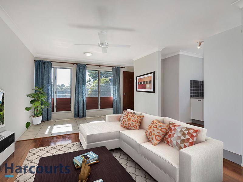 4/25 Reis Street, Woolloongabba QLD 4102, Image 1