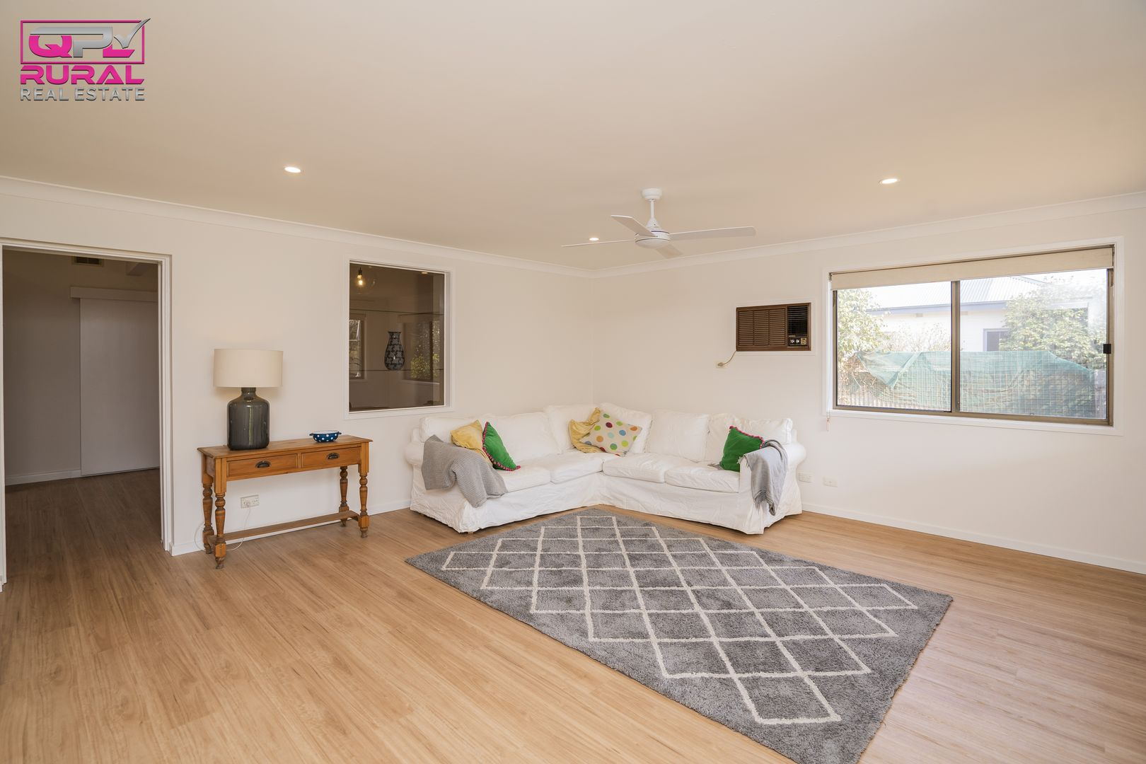 113 Asquith Street, Temora NSW 2666, Image 2