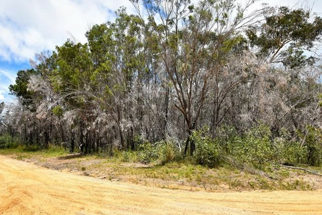 Picture of 34 Rampart Dve, RUSSELL ISLAND QLD 4184