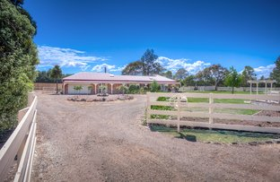 Picture of 48 Barry Street, Romsey VIC 3434