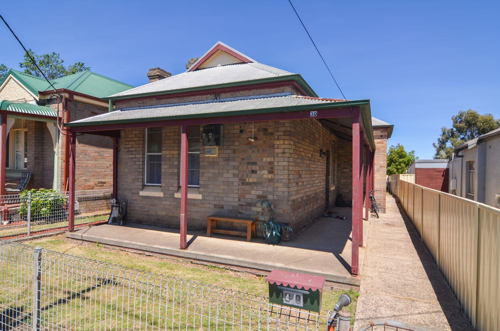 30 Ferro Street, Lithgow NSW 2790, Image 0