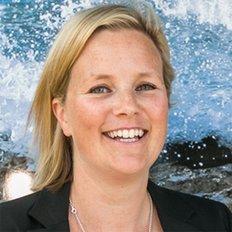 Emma Webb, Sales representative