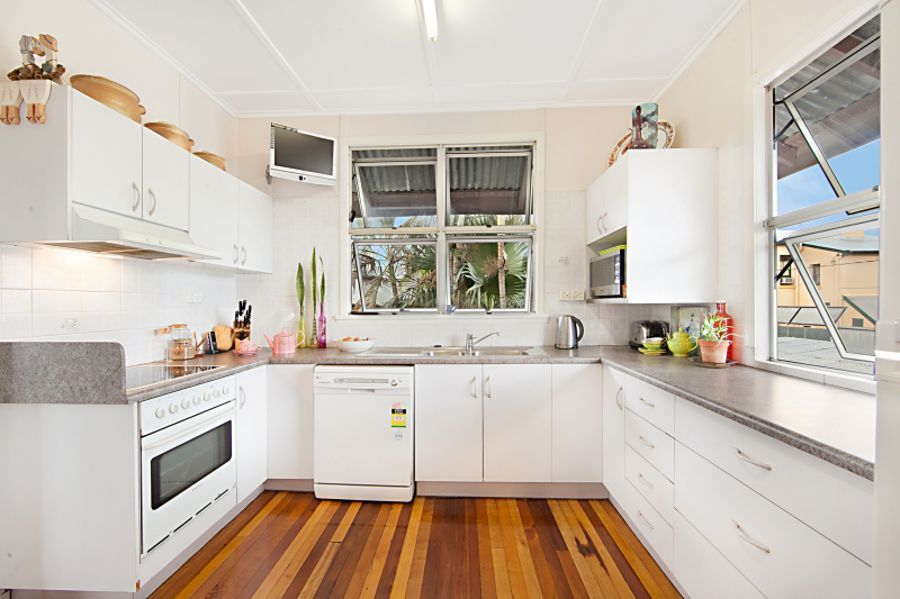 28 Gill Street, Charters Towers City QLD 4820, Image 2