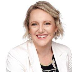Sara La Nauze, Sales representative