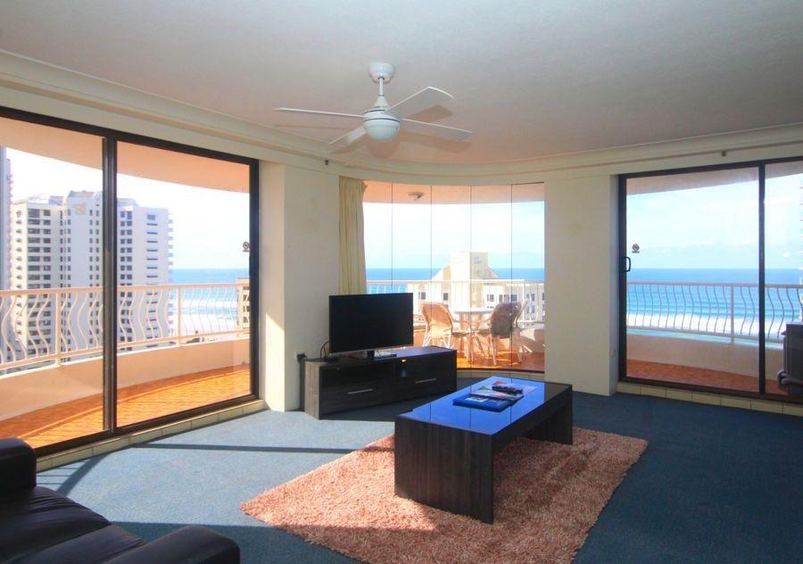 17B/30 Laycock Street, Surfers Paradise QLD 4217, Image 1