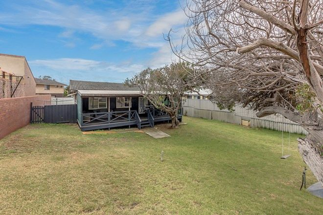 Picture of 12 View Road, SAFETY BAY WA 6169