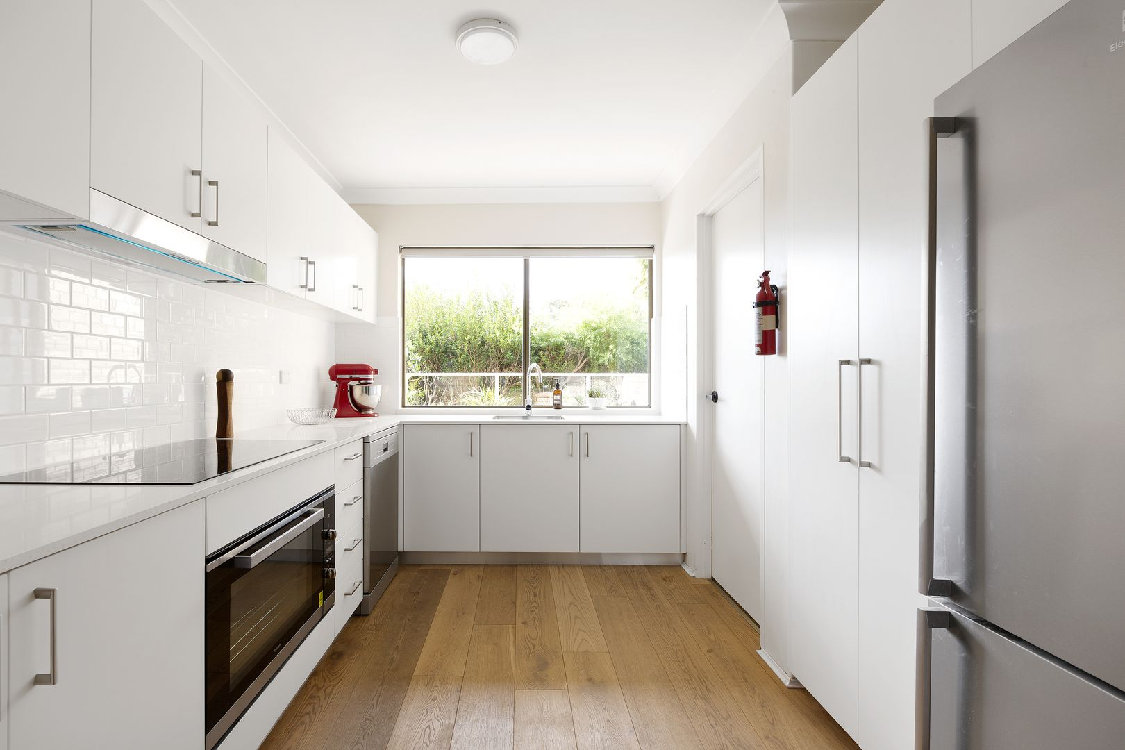 8/24 The Crescent, Dee Why NSW 2099, Image 2