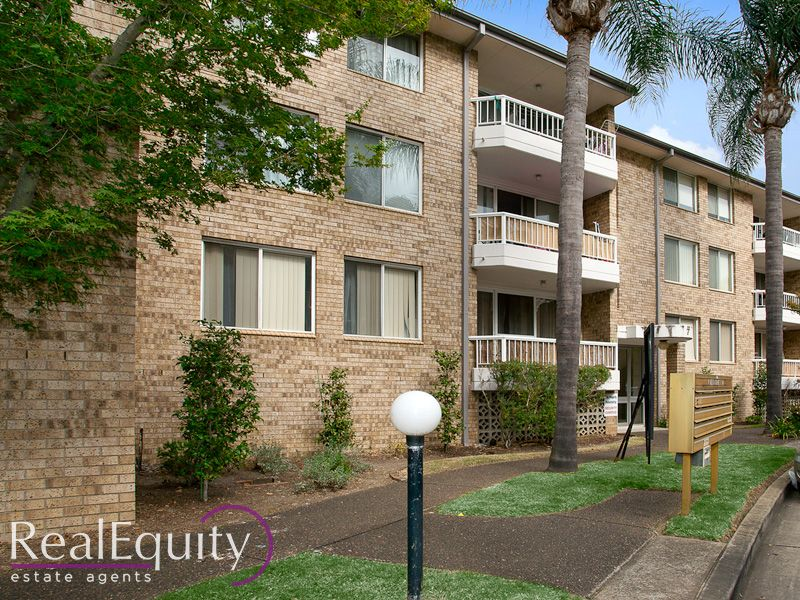 18/7 Mead Drive, Chipping Norton NSW 2170, Image 1