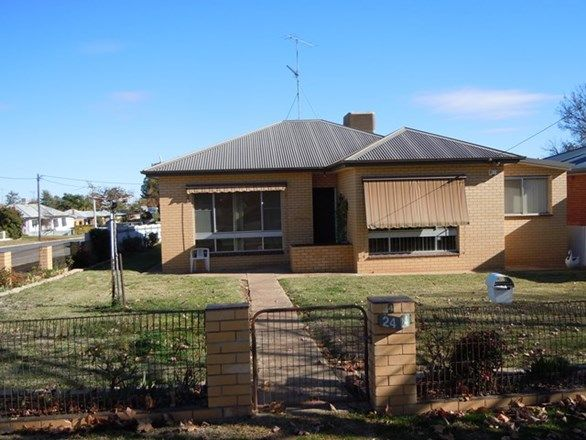 24 Argyle Street, Narrandera NSW 2700, Image 0