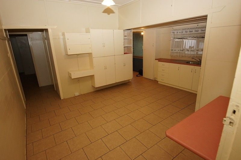15 Tyrrell Street, Oakey QLD 4401, Image 1