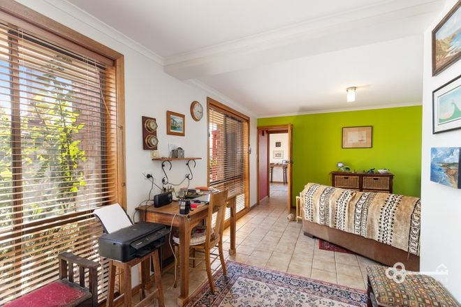 Picture of 1/8 Gwendoline Street, MOUNT GAMBIER SA 5290