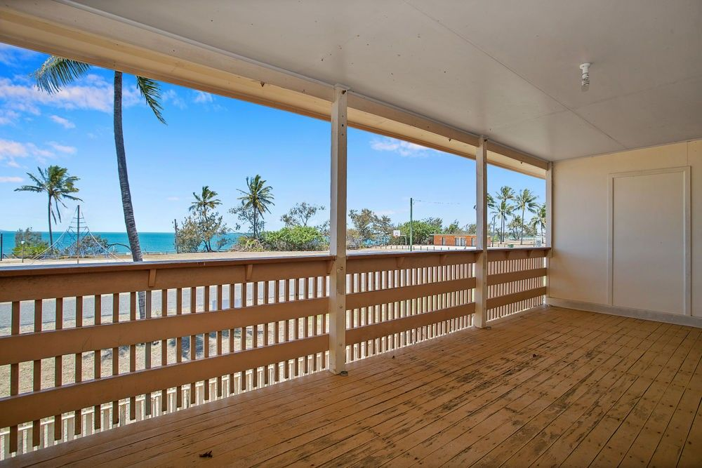 52 The Esplanade, Grasstree Beach QLD 4740, Image 2