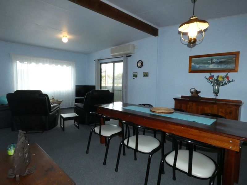 19 Nelson Street, Marion Bay SA 5575, Image 2