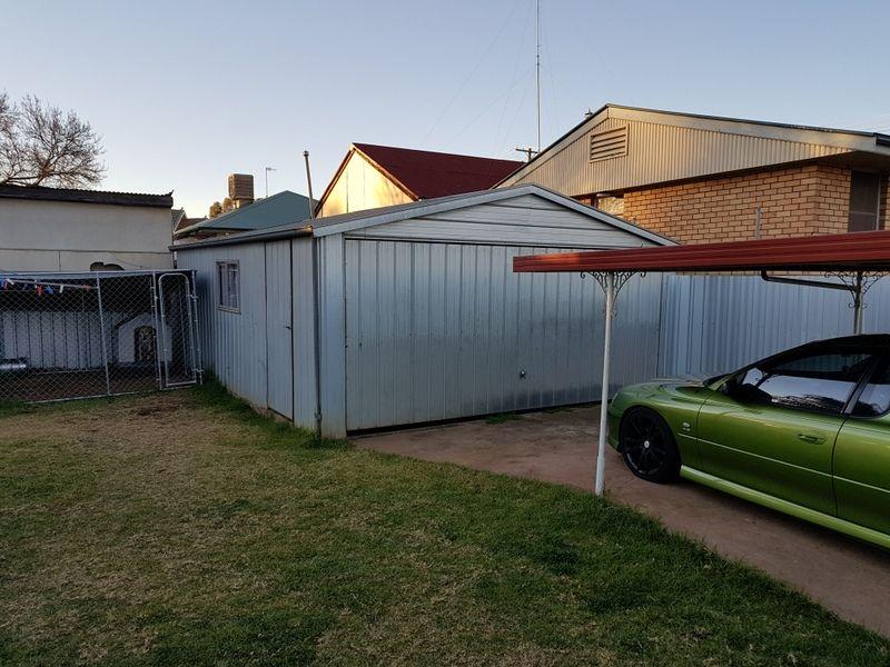 133A BATHURST ST, Condobolin NSW 2877, Image 2