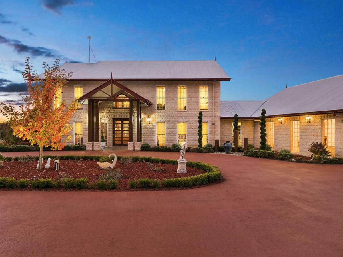 46 Forest Drive, Hampton QLD 4352, Image 1