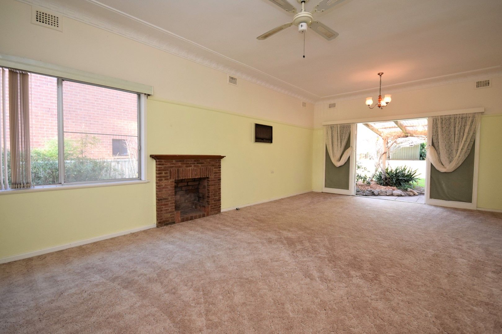 4 Worrigee Street, Nowra NSW 2541, Image 1
