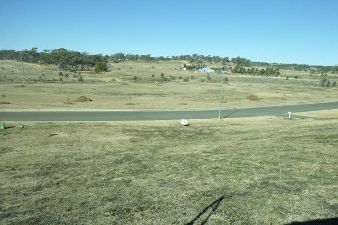 31 Phipps Drive, Meringandan West QLD 4352, Image 1