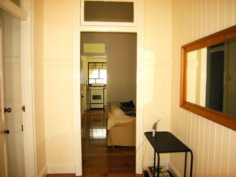 17 Hazelwood Street, Highgate Hill QLD 4101, Image 1
