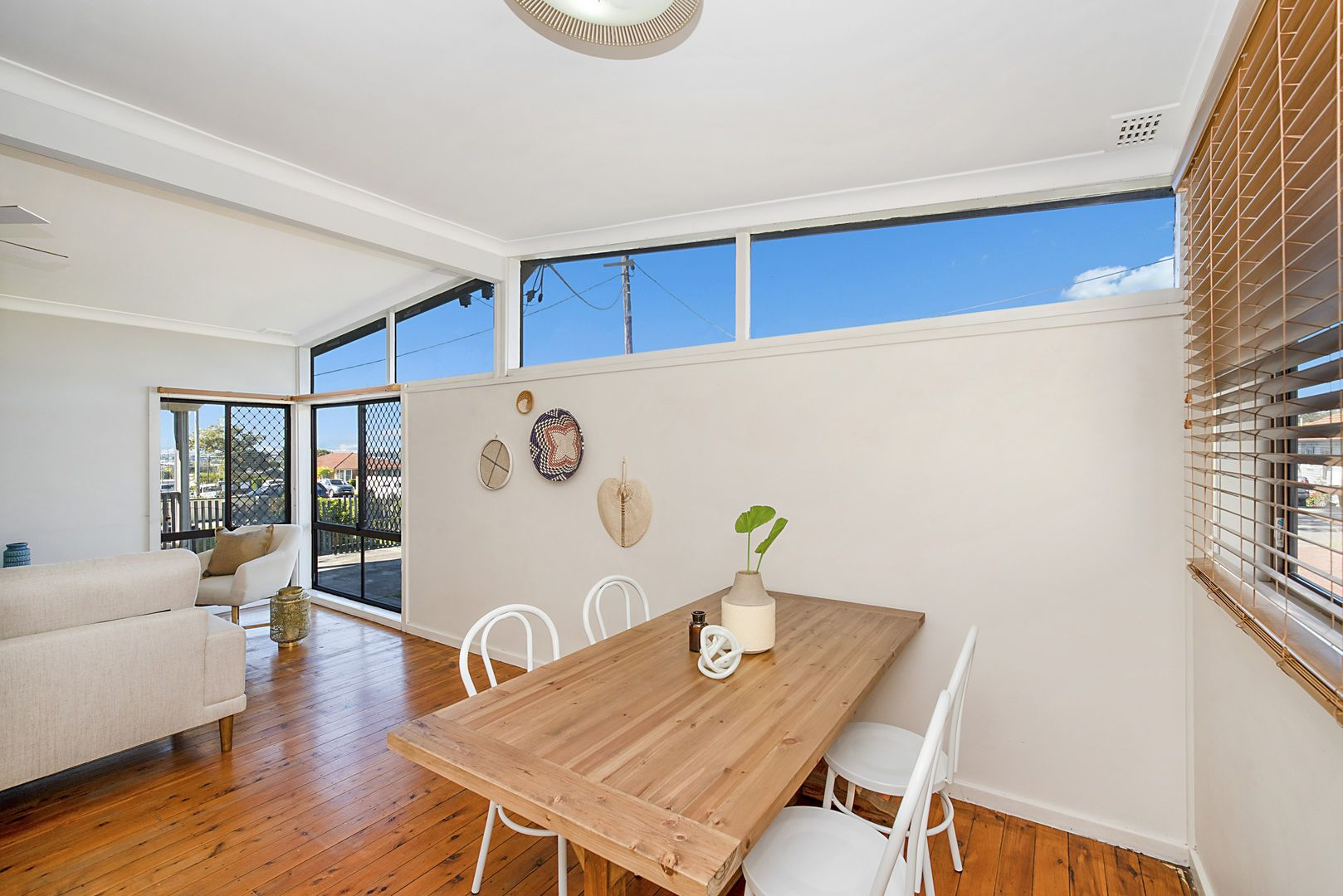 32 Brisbane Water Road, Adamstown NSW 2289, Image 2