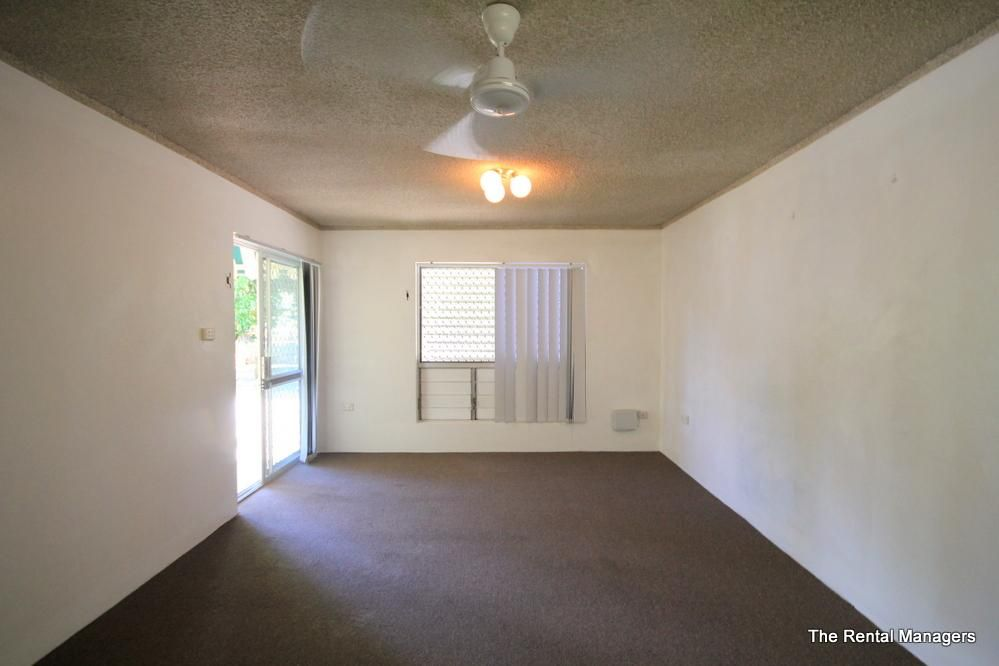 1/8 Piccadilly Street, Hyde Park QLD 4812, Image 2