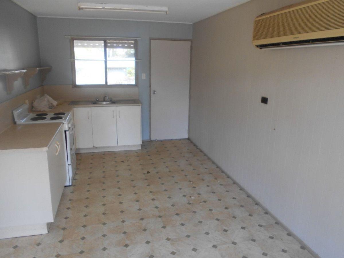 31 Cedar Street, Forrest Beach QLD 4850, Image 2