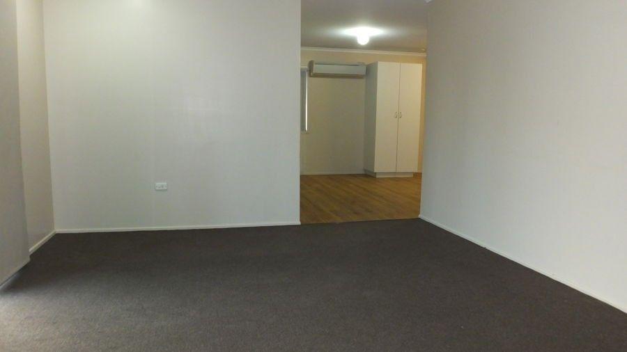 30 Edmonds Street, West Mackay QLD 4740, Image 1