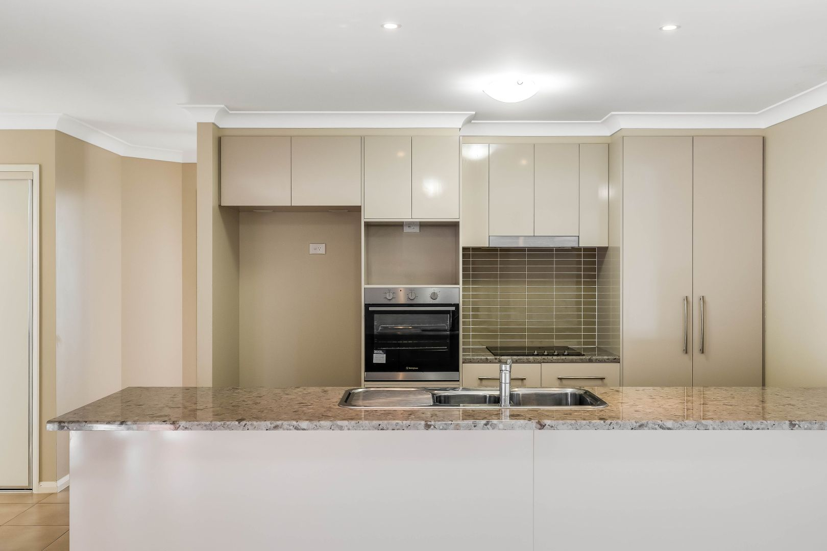 3/12 Garde Street, Centenary Heights QLD 4350, Image 1