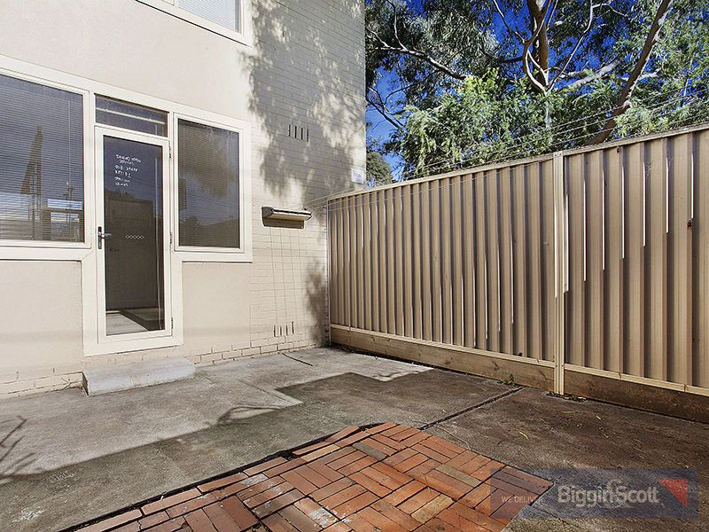 1/12 Madden Grove, Burnley VIC 3121, Image 0
