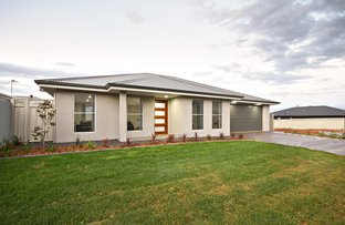 Picture of 2 Hovea Court, Dubbo NSW 2830