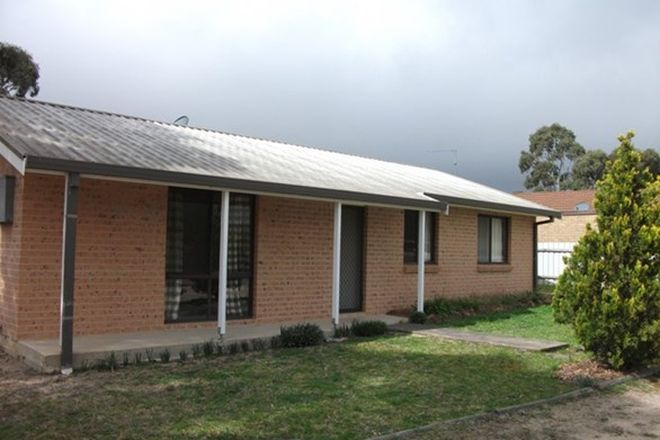 Picture of 10 Loseby Avenue, MARULAN NSW 2579
