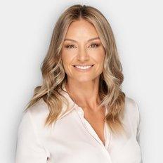 Anita Magor, Sales representative