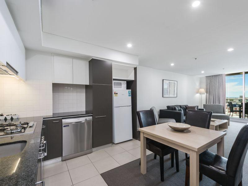 1115/96 North Terrace, Adelaide SA 5000, Image 2