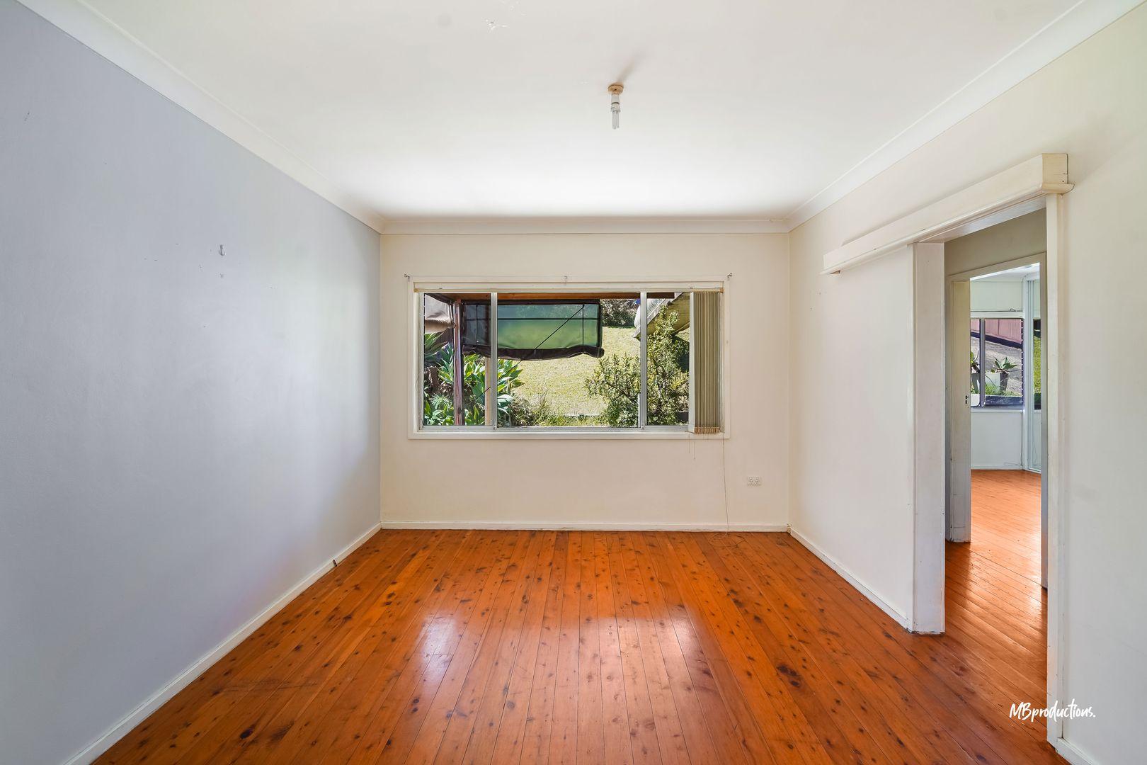 2/30 Jackson Avenue, Warrawong NSW 2502, Image 2