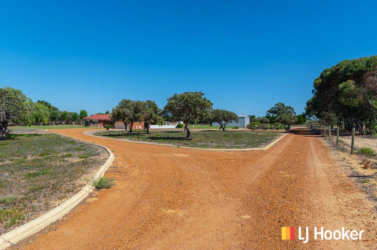 349 Tamarisk Drive, Gabbadah WA 6041, Image 2