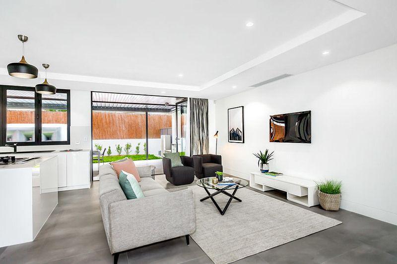 2/10 Burns Crescent, Chiswick NSW 2046, Image 1