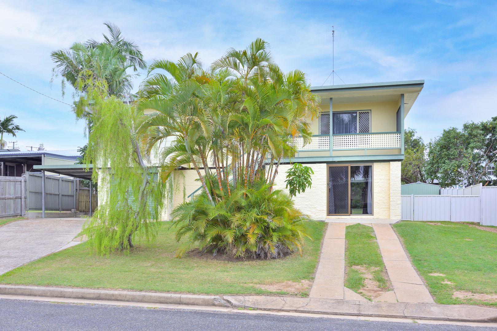 10 Richmond Court, Boyne Island QLD 4680, Image 2