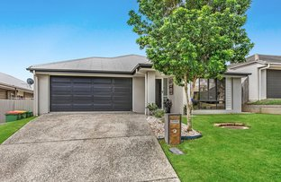 Picture of 27 Isidore Street, Augustine Heights QLD 4300