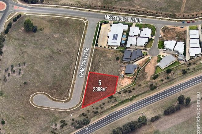 Picture of 5 Phar Lap Place, BOOROOMA NSW 2650